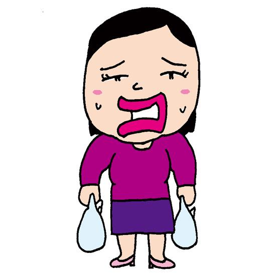 【フリーイラスト素材】重い買い物袋を運ぶおばさん